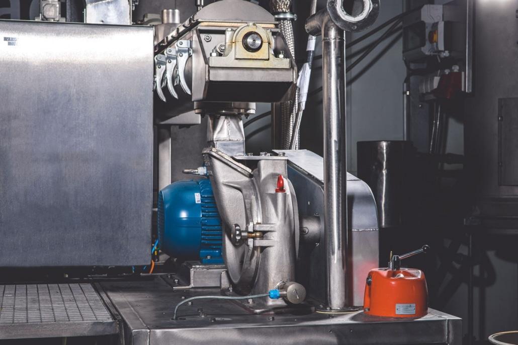 Maschine im kryogenen Mahlzentrum der Ebbecke Verfahrenstechnik AG